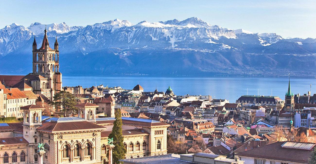 Vol privé en hélicoptère à destination et au départ de Davos